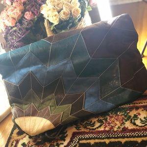 Floral minimalistic leather purse